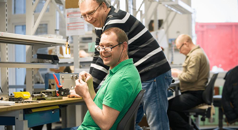Hand- und Industriemontage